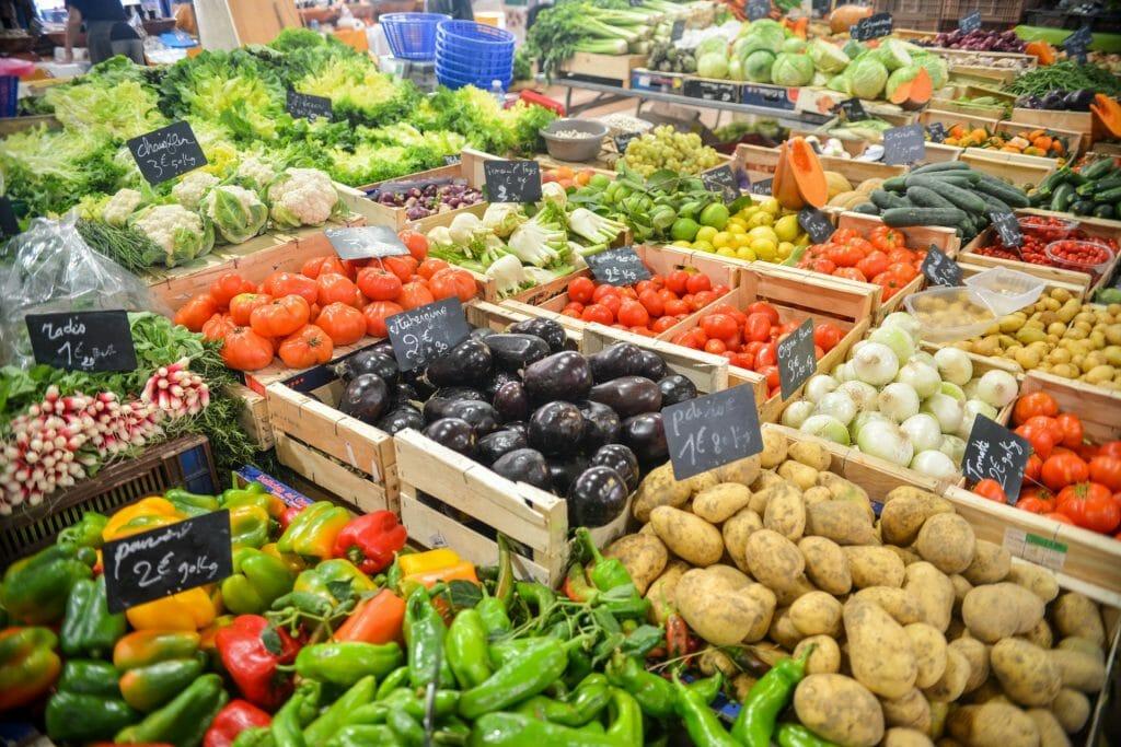 I vantaggi del mangiare frutta e verdura di stagione