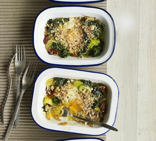 Uova al forno con verdure
