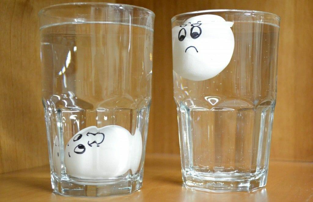 Come capire se un uovo è ancora buono da mangiare