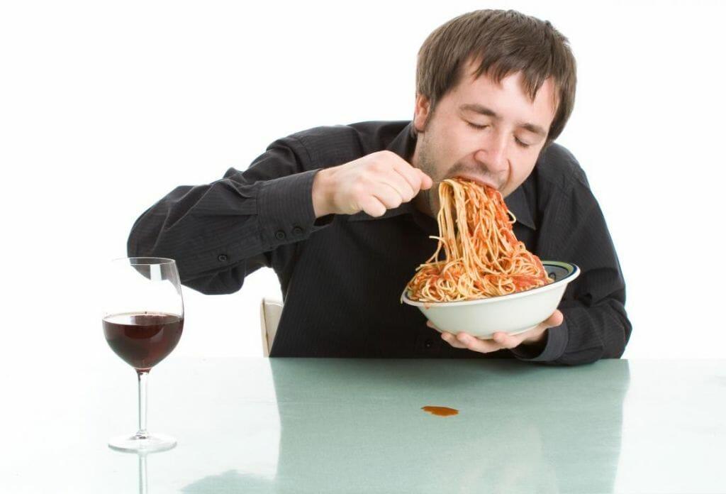 Mangiare velocemente fa ingrassare